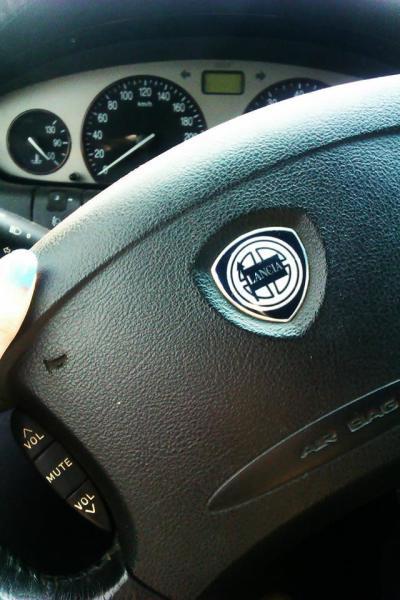 Rekord Guinnessa- przejazd Alfa Romeo - ostatni post przez Moniq