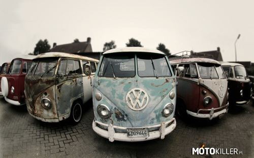 Old VW Transporter Vans –