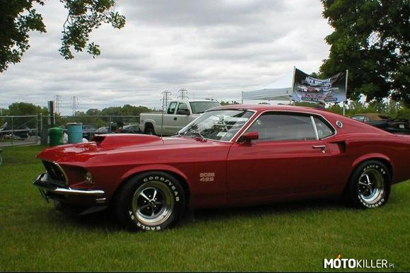 1969 Ford BOSS 429 Mustang –