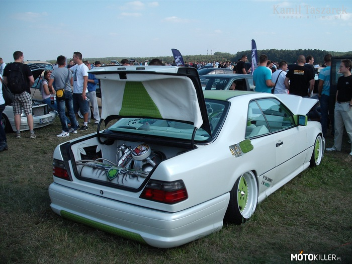 Mercedes benz w124 coupe by tuning kingz for Mercedes benz w124 tuning