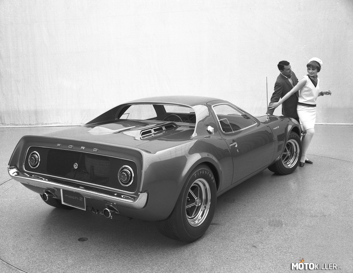 1967 Ford Mach II Concept –