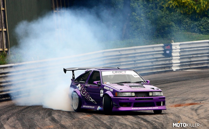 Toyota Corolla AE 86 – Drift legend
