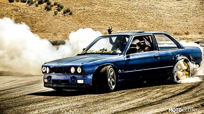Drift BMW e30 –