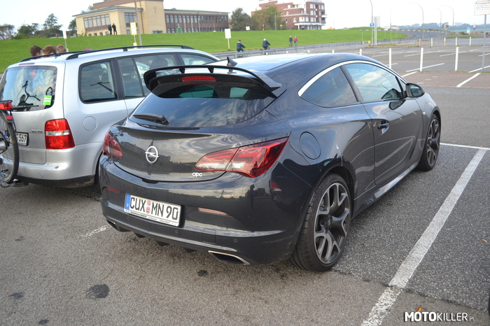 Opel Astra OPC –