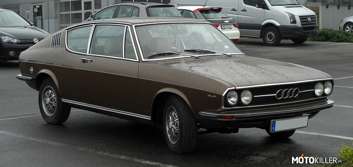 Audi 100 Coupe S –