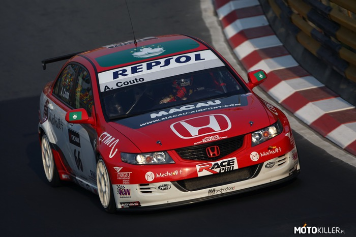 Honda Civic VII –