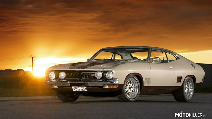 Ford Falcon GT 351 XB –