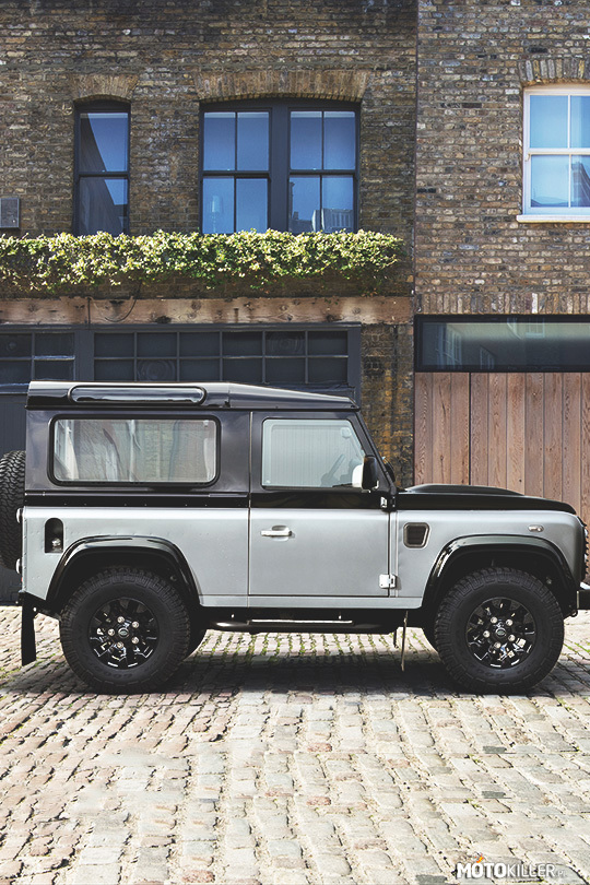 Land Rover Defender – Land Rover Defender 90 Autobiography 2015.