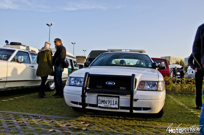 Ford Crown Victoria Police Interceptor –