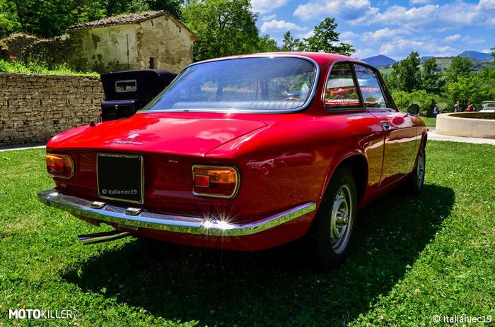Alfa Romeo 1600 GT Junior –