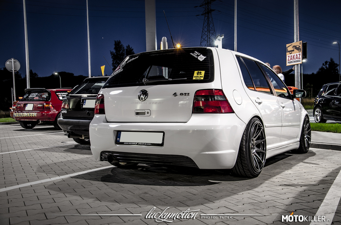 VW Golf IV GTI –