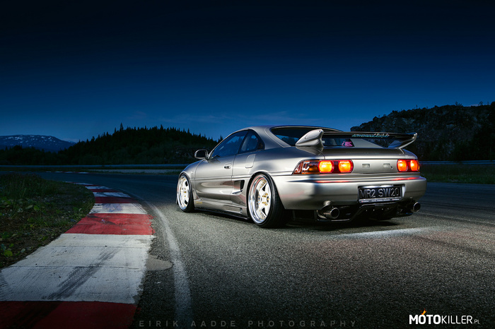 Toyota MR2 (SW20) –