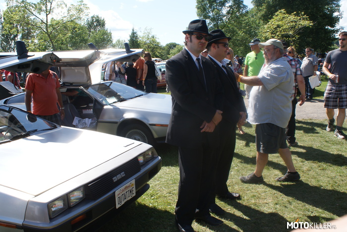 Delorean i Blues Brothers (matrix error?) – Zlot starych samochodow w Granby (QC, Kanada) 2015