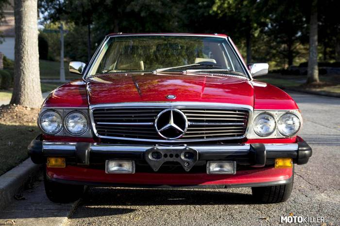 Mercedes-Benz 560SL –