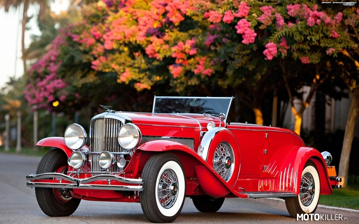 Duesenberg Model J Disappearing-Top Convertible Coupe 1930 –