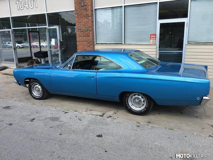 Plymouth Satellite –