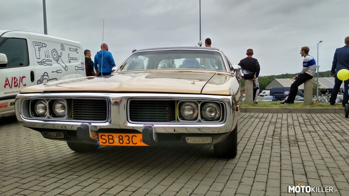 Dodge Charger 1972 – Moto Show BB