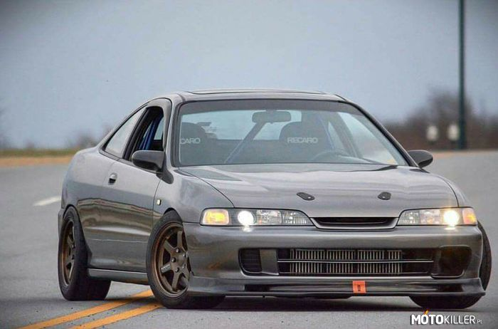 Integra – Simple clean.