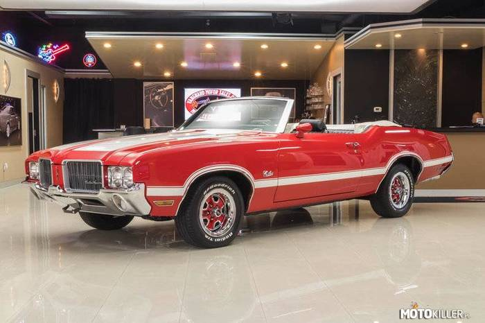 Oldsmobile Cutlass –