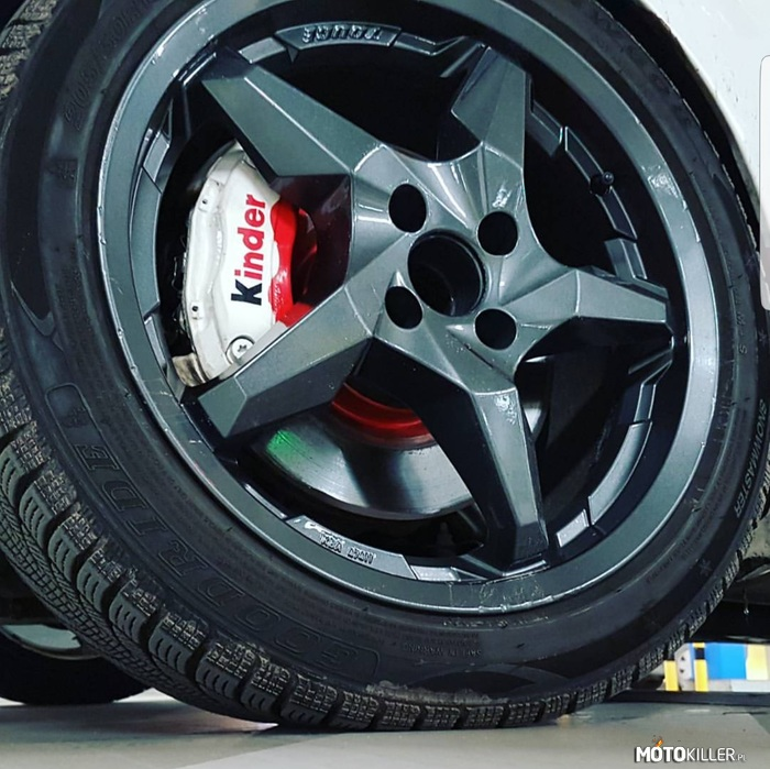 Swap Brembo Grande Punto – zapraszam https://youtu.be/9KidF1QU448