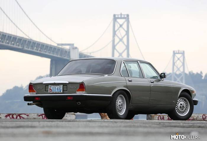 Daimler Double-Six –