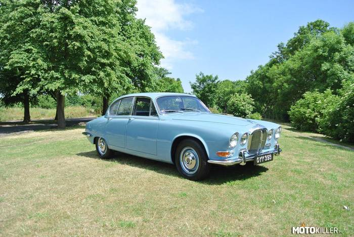 Daimler Sovereign –