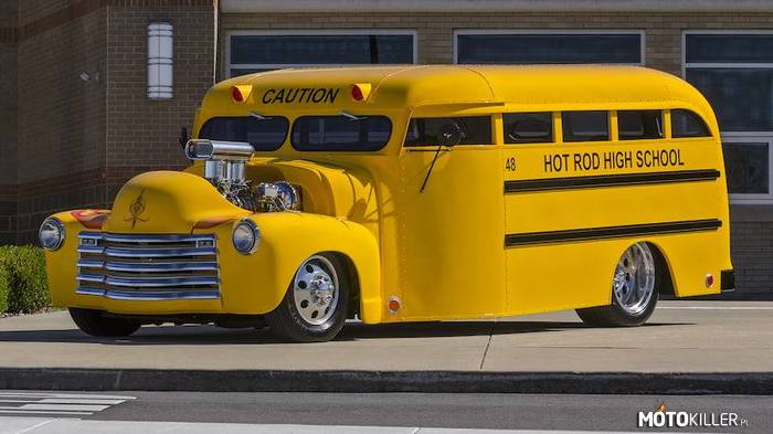 Chevrolet Custom Bus –
