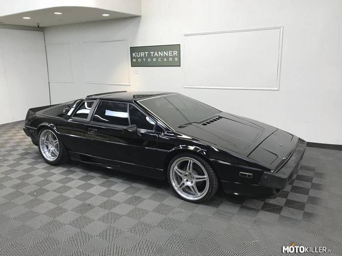 Lotus Esprit S3 Turbo –