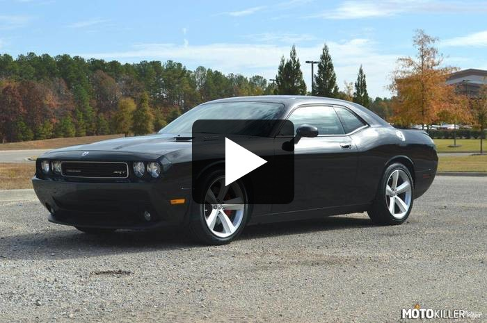 Dodge Challenger SRT8 –