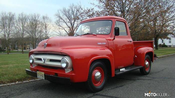 Ford F100 –