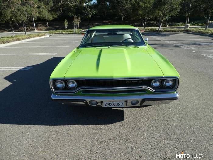 Plymouth Road Runner –