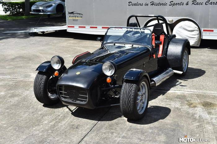 Caterham Superlight R300 –