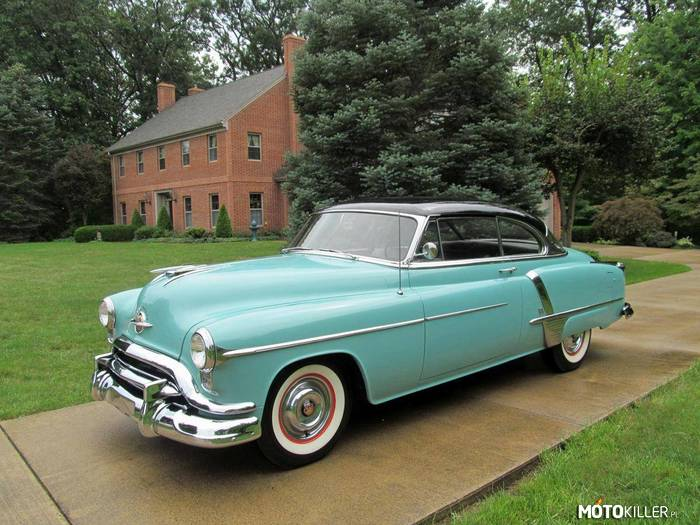 Oldsmobile Super 88 Deluxe –
