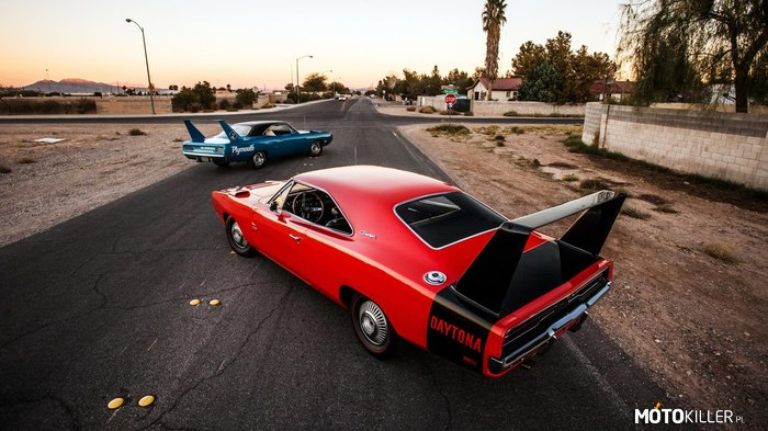 Plymouth Superbird & Dodge Daytona –