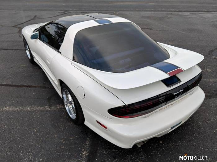 Pontiac Trans Am 25th Anniversary Edition –
