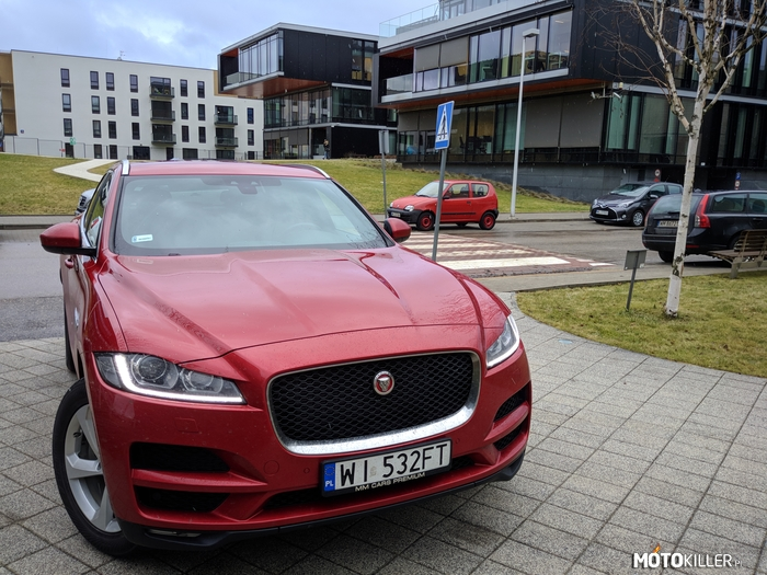 F-Pace –