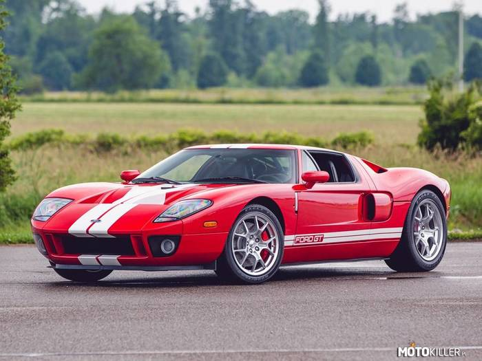 Ford GT –