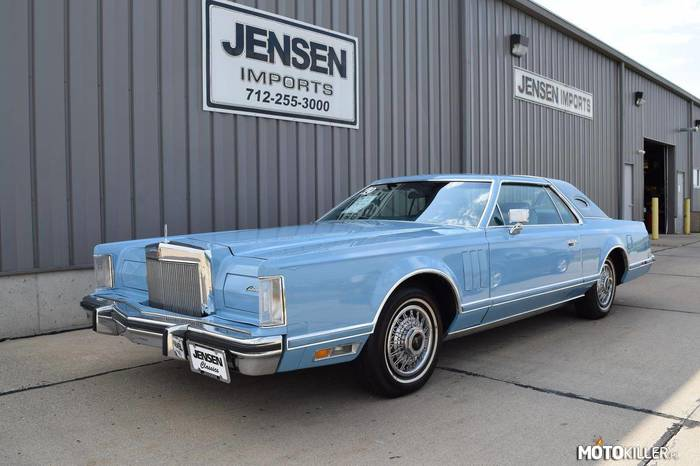 Lincoln Continental Mark V –