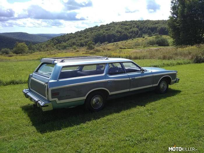 Ford Country Squire –