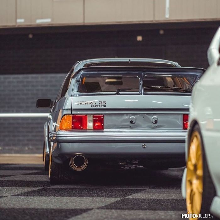 Sierra RS Cosworth –
