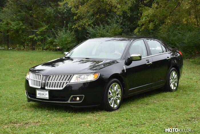 Lincoln MKZ –