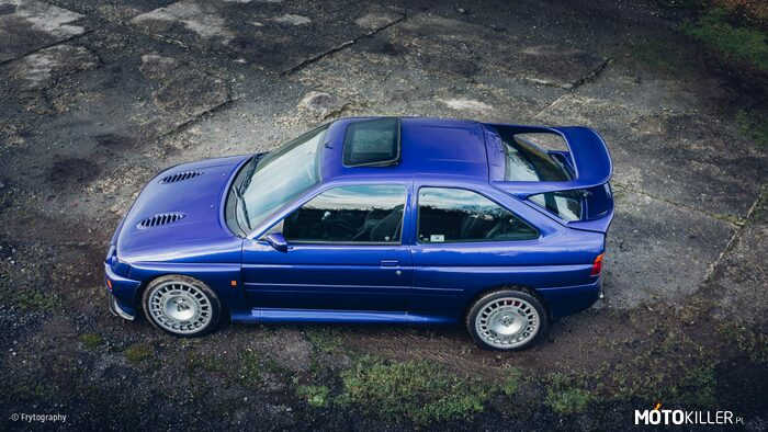 Ford Escort Cosworth RS –
