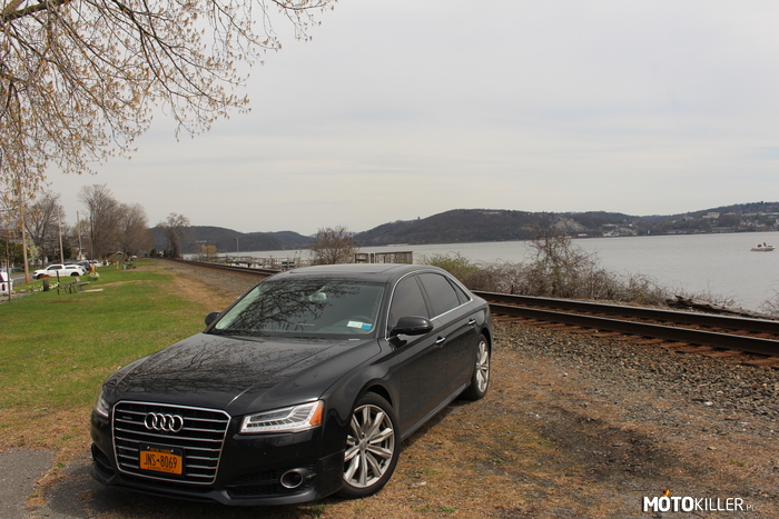 Sobotni wypad nr 2 – Audi A8L 4.0T na tle Bear Mountains Upstate New York