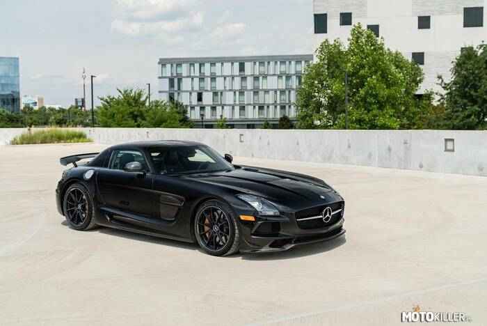 Mercedes-Benz SLS AMG Black Series –