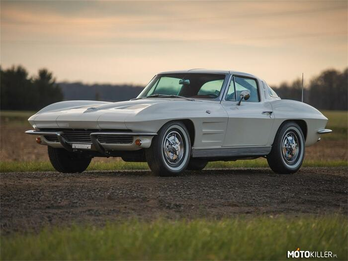 1963 Chevrolet Corvette Stingray –
