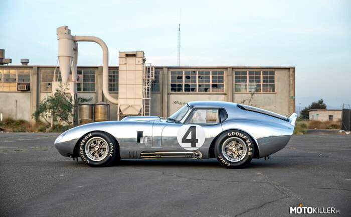 Shelby Daytona Cobra Coupe –